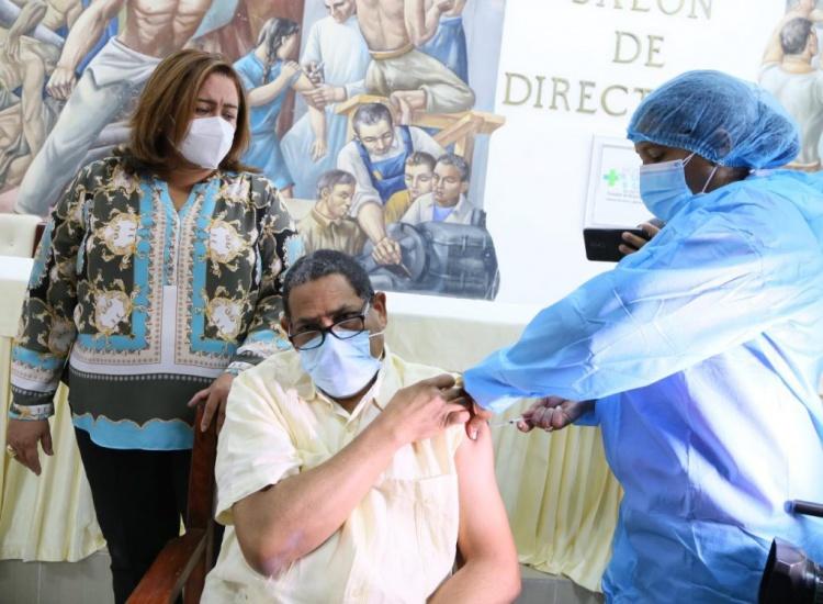El país alcanza los 10 millones de dosis de vacunas aplicadas contra el COVID-19