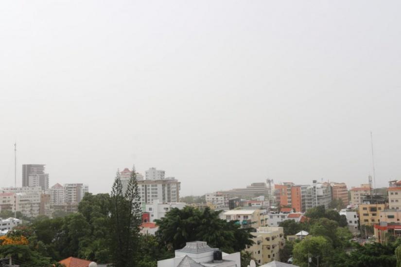 Escasas lluvias este domingo por el polvo del Sahara