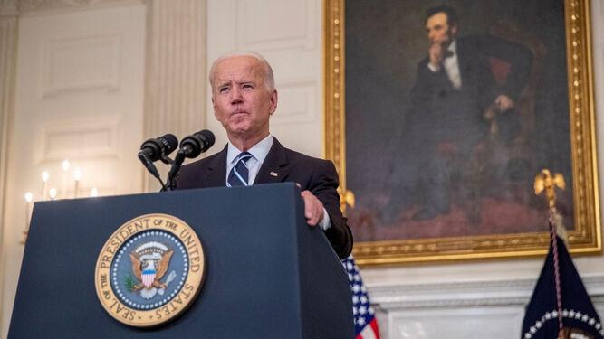 Presidente Biden ordena la vacunación de la mayoría de empleados de EEUU