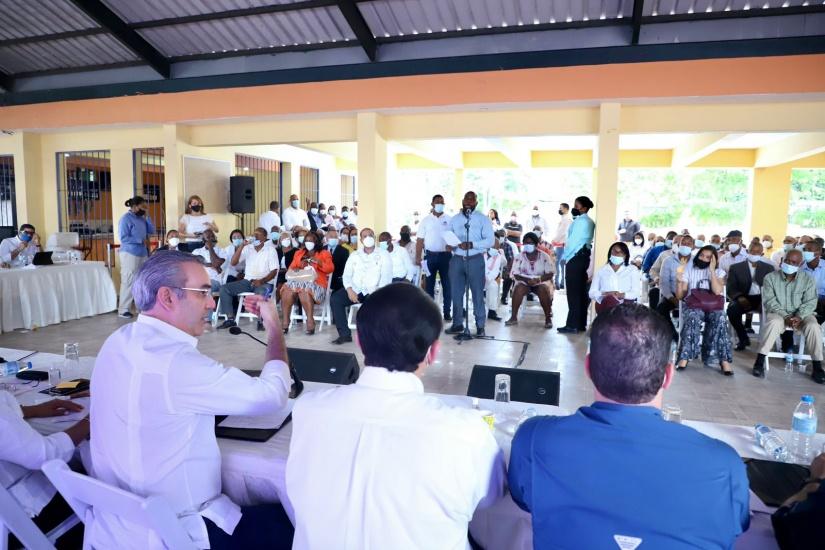 Abinader anuncia inversión millonaria en San Luis y San Isidro, construirán más de 2 mil viviendas