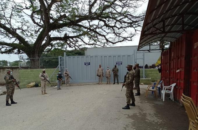 Cesfront cierra parte de la frontera; agentes vieron
