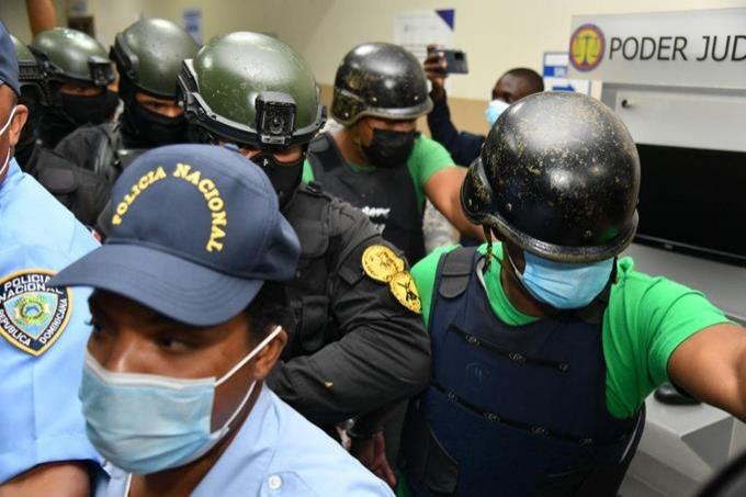 Imponen un año de prisión preventiva contra el cabo Janli Disla acusado de asesinar a Leslie Rosado