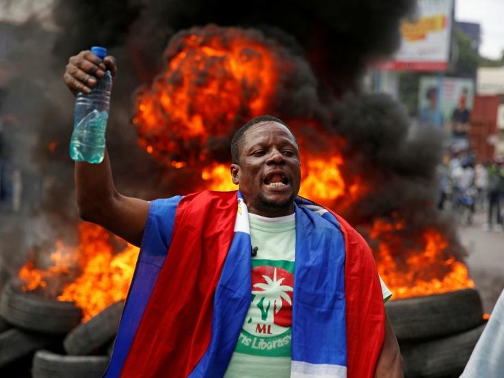 Haití fuera de control, ola de terror,  y ricos buscan visas para venir al país